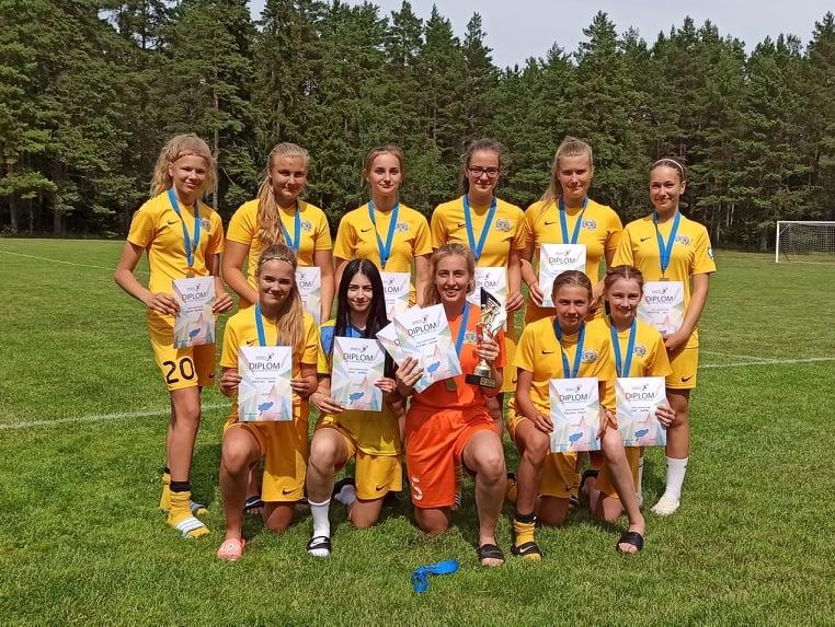 Saare mk MV naiste jalgpall FC Kuressaare U17 Kurepliksid